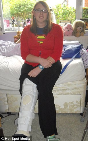 splint and zimmer frame Debbie used after her knee operation