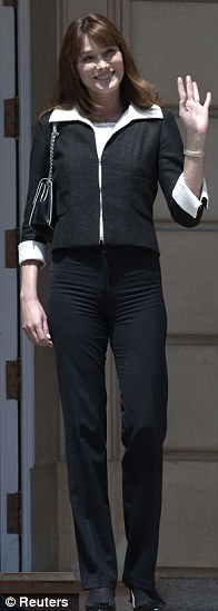 Proof that trousers can be flattering - if they fit well