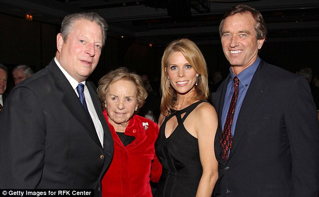Meeting the family: Cheryl Hines with Robert F Kennedy Jr and his mother Ethel, as well as former Vice President Al Gore (left) at an awards dinner in December