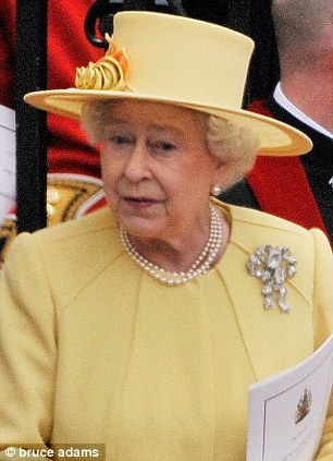 The Queen wears the True Lover's Knot brooch to Prince William's wedding