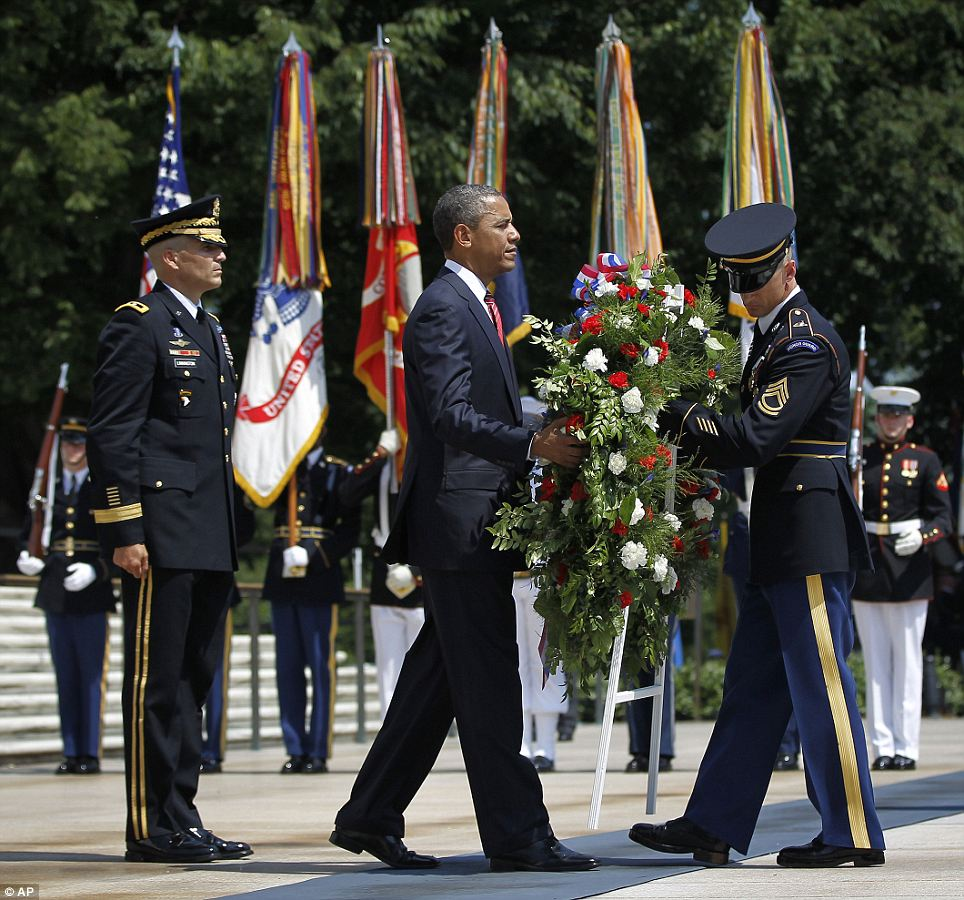 Memory: As is tradition, the President places a wreath at the Tomb of the Unknown Soldier during the ceremony