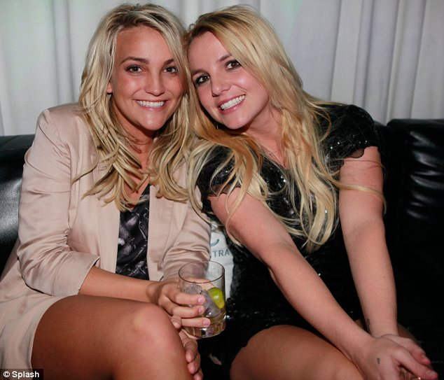 Sister act: Jamie Lynn, pictured with big sister Britney in August, says Maddie adores her aunt's music