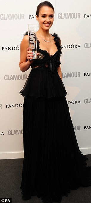 Hollywood girls: Jessica Alba with the award for Entrepreneur of The Year and Lea Michele and her US TV Actress gong