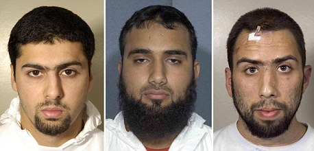 (left - right) Arafat Waheed Khan, Waheed Zaman and Ibrahim Savant were found guilty of conspiring to murder hundreds of people