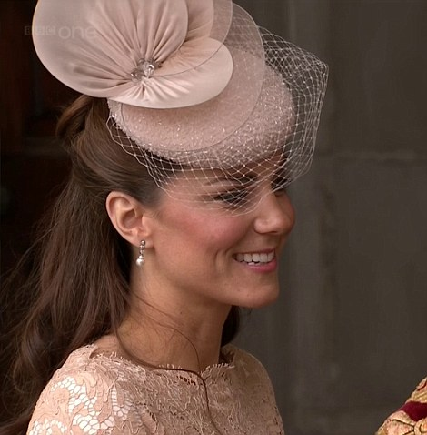 The Duchess of Cambridge arriving at St Paul's today in Jane Taylor hat