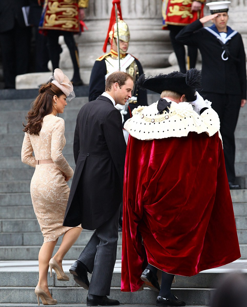 Greeting: The Duke and Duchess of Cambridge are welcomed to St Paul's by the Lord Mayor of London