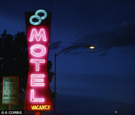Thomas Patrick Keelan allegedly arranged to meet up with the minor at a motel in Hollywood, Florida