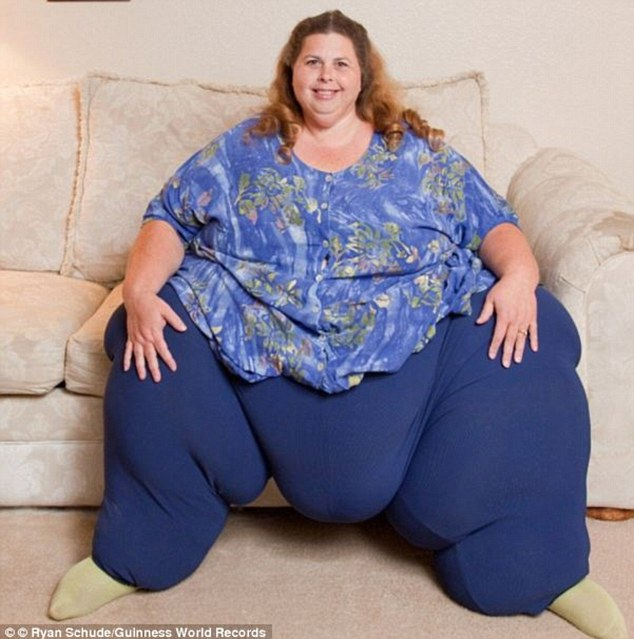 At a staggering 50st, Pauline weighed in at the world's heaviest woman after gorging on a diet of 10,000 calories each day