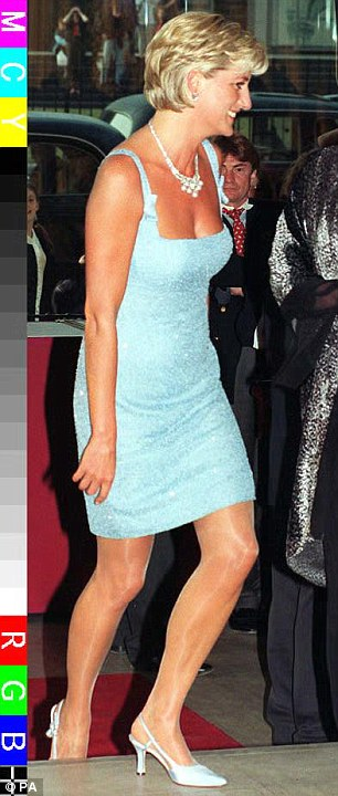 Not exactly the same: Watts wore her blue summer dress with black heels and a matching bag whereas Princess Diana wore silver shoes (R)