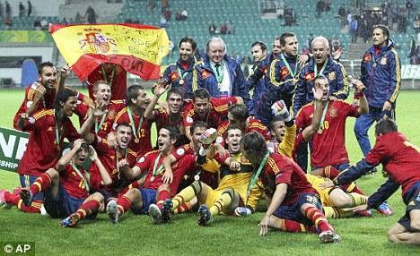 Champions again: Spain's U19 team celebrate