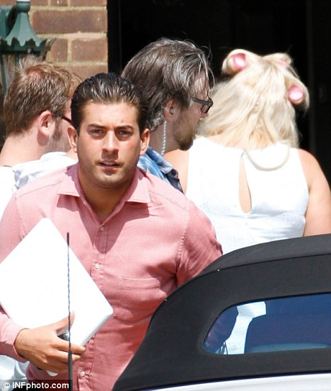 Ready for a fight? Gemma was seen with rollers in her hair ahead of filming. No doubt Arg would have a few things to say about her kiss with another man on Saturday night