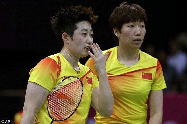 Conspirators: Yu Yang and Wang Xiaoli have a word and Ha Jungeun and Kim Min-jung get a black card (below)