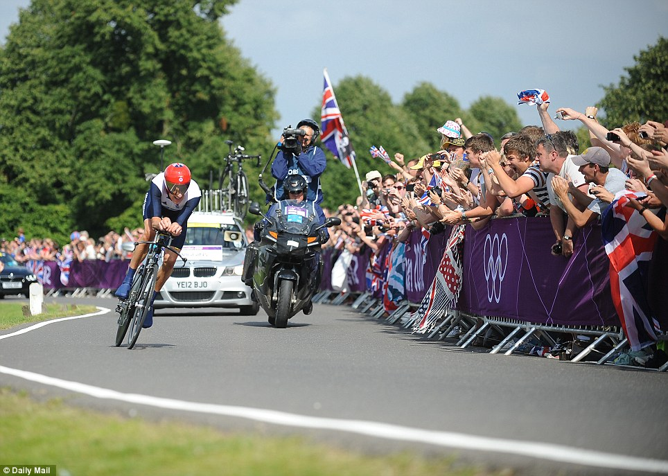 Wiggins was supported the throughout the length of the 44km time trial by a strong partisan crowd