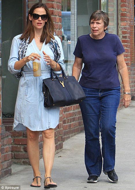Family day: Jennifer Garner was spotted shopping with her mother Patricia in the Pacific Palisades area of California today