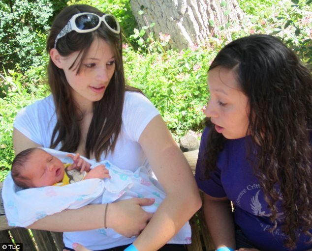 Support: Another teen mom Catrina (left) seems to have struck up a friendship with Londisha (right)