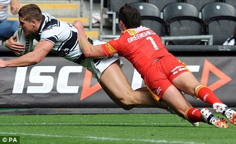 Try time: Tom Lineham scores under pressure from Clint Greenshields