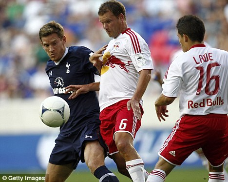 The new Tottenham signing, Jan Vertonghen (left), tussles with Teemu Tainio in a pre-season friendly with New York Red Bulls