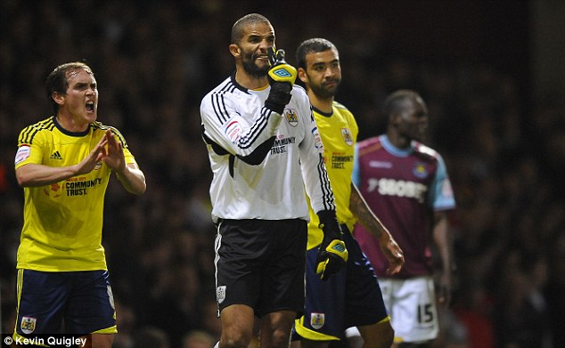Lack of support: David James (centre) felt goalkeepers were not given the help they required