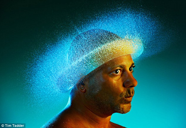 More like a hat than a wig this watery explosion is caught by high speed photography