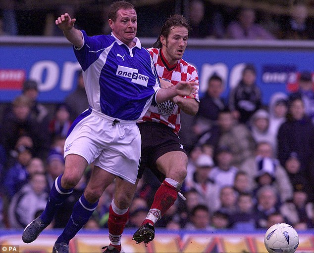 Way back then: Everton's Paul Gascoigne (left) takes on Orient's Andy Harris the last time the teams met in 2002