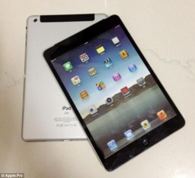 Front and back: the iPad Mini retains the simple, minimalist style of previous models, but has much thinner edges