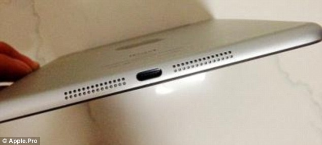 According to these images, the iPad Mini comes with dual speakers on the rim, as well as the newly-designed dock connector