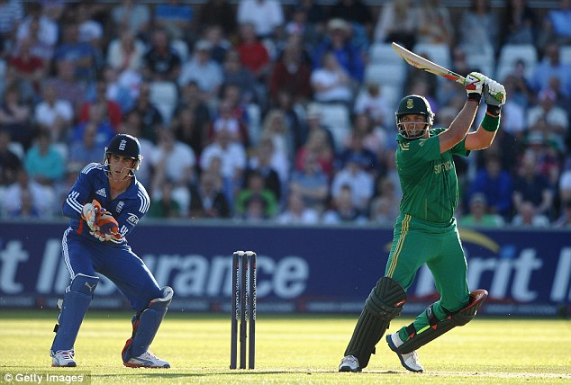 Unbeaten: Both Kallis (top) and Duminy (bottom) were in fine fettle, punishing some loose England bowling