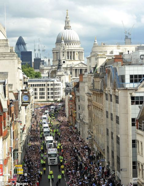 A general view of The Victory Parade as it passes along Fleet Street during the London 2012