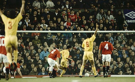 History repeating: Galatasaray knocked United out of Europe in 1993