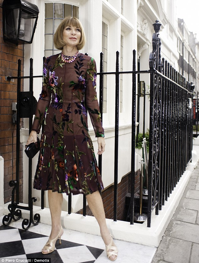 Helping hand: Vogue  Editor-in-Chief Anna Wintour co-hosted the event alongside Paltrow and Tom Ford