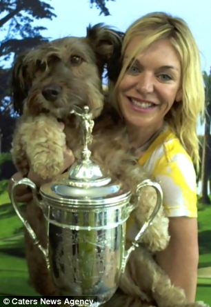 Oscar with his owner Joanne Lefson at the US Golf Championship in San Francisco