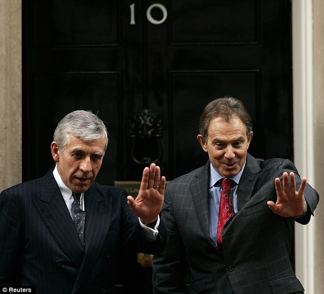Jack Straw with former Prime Minister Tony Blair outside 10 Downing Street in 2004