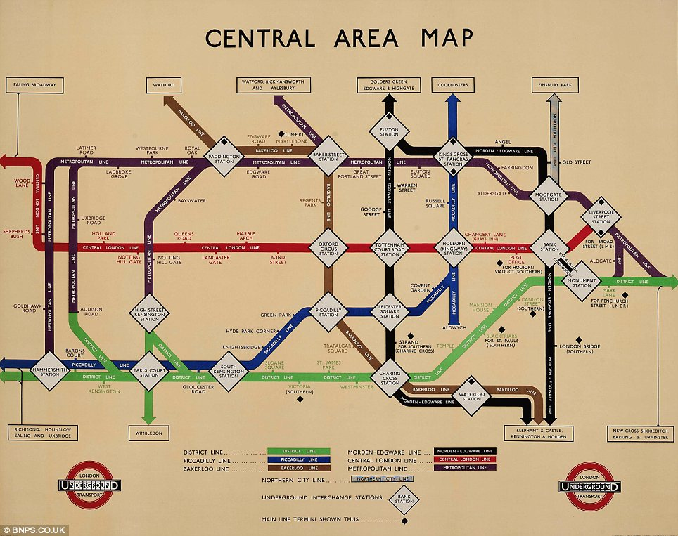 A similar shape: This 1934 Underground map, titled Central Area Map, started to take on a recognisable form