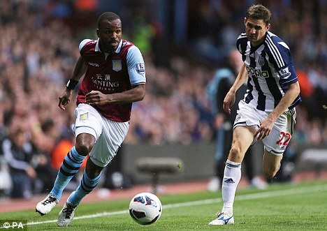 Pushing for recall: Darren Bent (left) hopes to regain his starting place