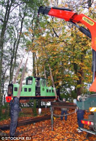 The train carried up to 30,000 people a year and acted as a tourist attraction for the area