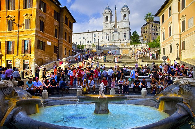Tourists pack the Spanish Steps, which made it on to Lindsey's 'must-do' list