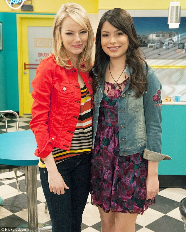 Emma Stone Gets Starstruck As She Plays ICarly Super Fan