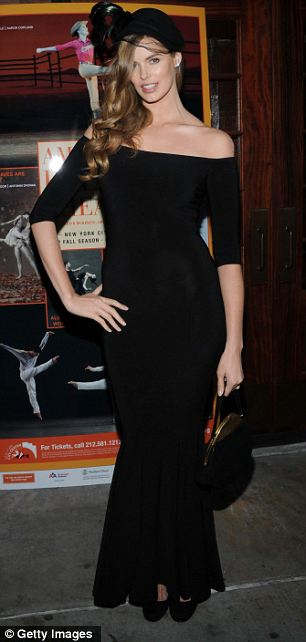 Model Robyn Lawley attends American Ballet Theatre Opening Night
