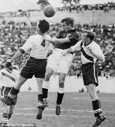 Hopeless: Tom Finney (centre) was unable to prevent England losing to the USA in 1950, Glanville's worst ever line-up