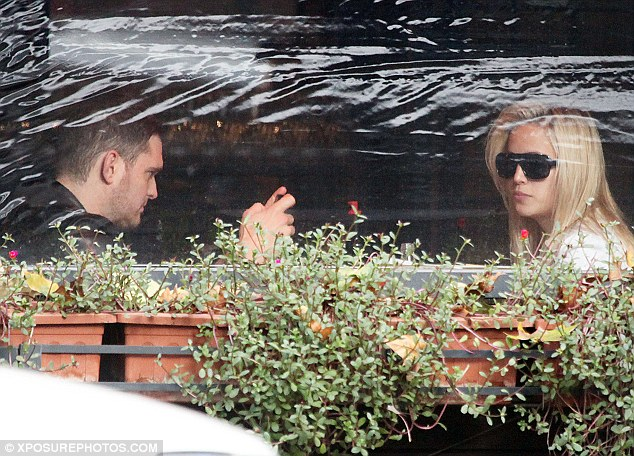 The fashionable pair dined out at an Italian restaurant