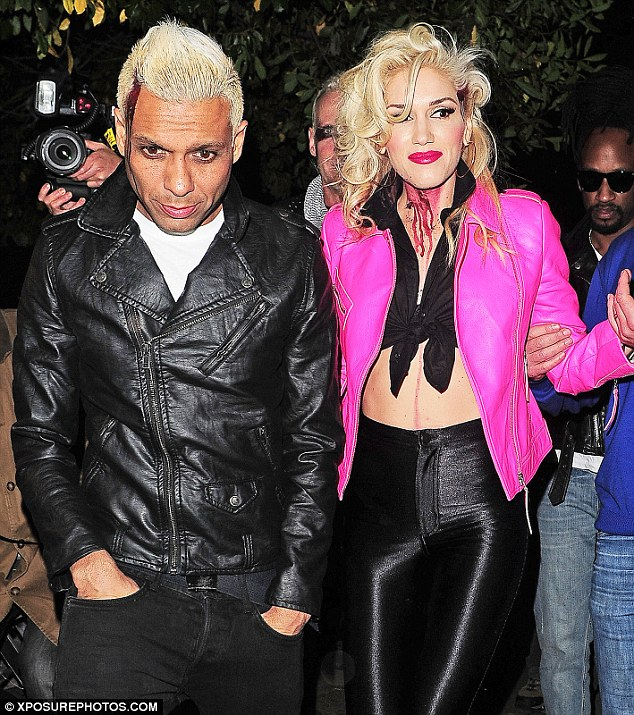 We Spook Together! Gwen and her band mate Tony Kanal both got into character for the party