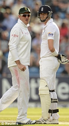 Reunited: Smith (left) and Pietersen will line up together at Surrey