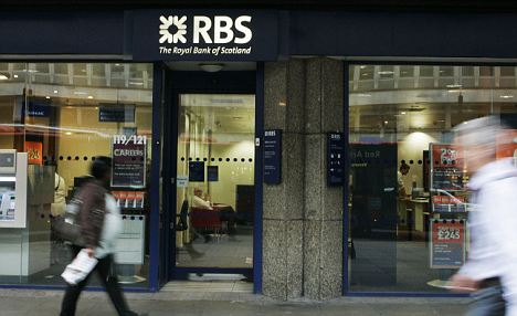 300: Nationwide is worried about customer chaos if it buys the RBS branches and there is an IT incompatibility