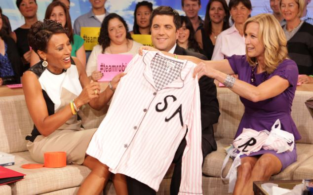 'Trust issues with females': Josh Elliott together with Good Morning America co-stars Robin Roberts and Lara Spencer