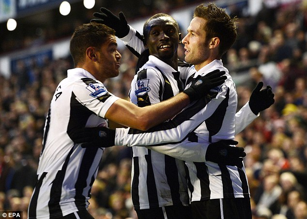 Not clicking: Demba Ba and Papiss Cisse (centre) struggle to play up front together