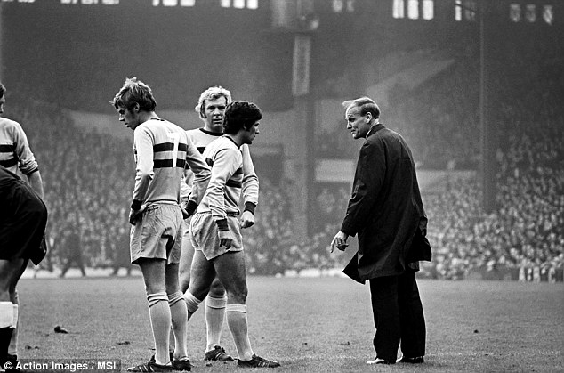First game in colour: Even if photography hadn't quite caught up,  Liverpool vs. West Ham United on November 15, 1969 was the first Match of the Day game in colour. In this snapshot, Ron Greenwood (right) checks on the fitness of Billy Bonds