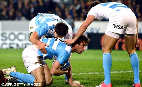 Bish bash Bosch: Argentina's Marcelo Bosch scores a try