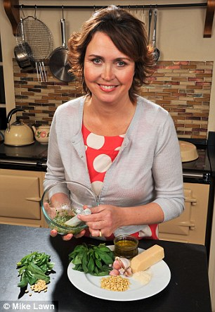 Amanda Cable made her own pesto sauce to see if it measured up to its High Street rivals