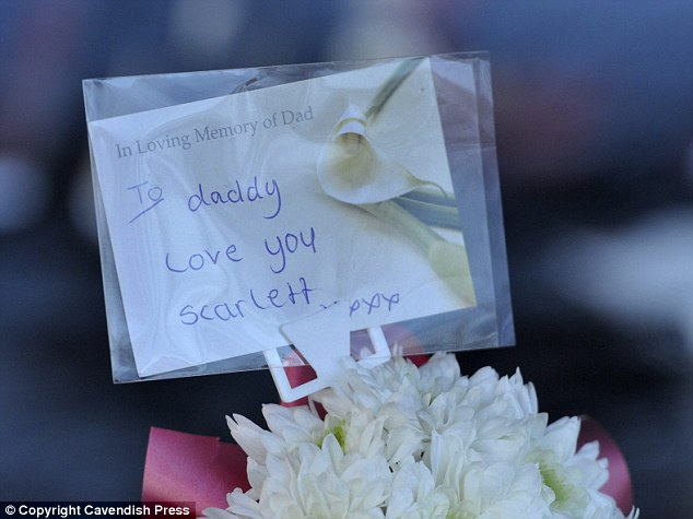 Heartbreaking: Daughter Scarlett left her final words on this card