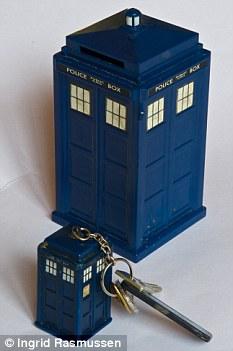 Dr Who keyring